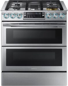"""Samsung Appliance NX58K7850SG 30"""" Gas Freestanding Range with 5 Burners, Sealed Burner, 5.8 Cu. ft. Primary Oven Capacity, in Black Stainless Steel"""